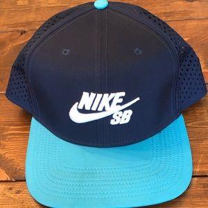 Nike SB Adjustable SnapBack Hat Navy Blue